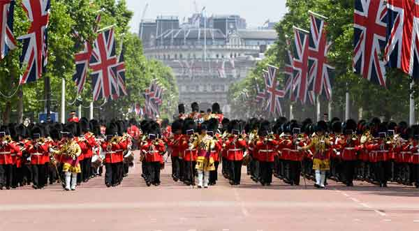 Queen's Birthday Parade returning down The Mall to Buckingham Palace