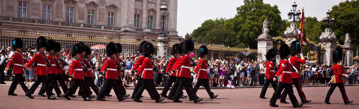 Irish Gaurds marching to Buckingham Palace