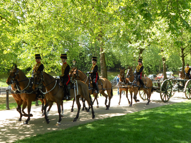 Kings Troop RHA in Green Park