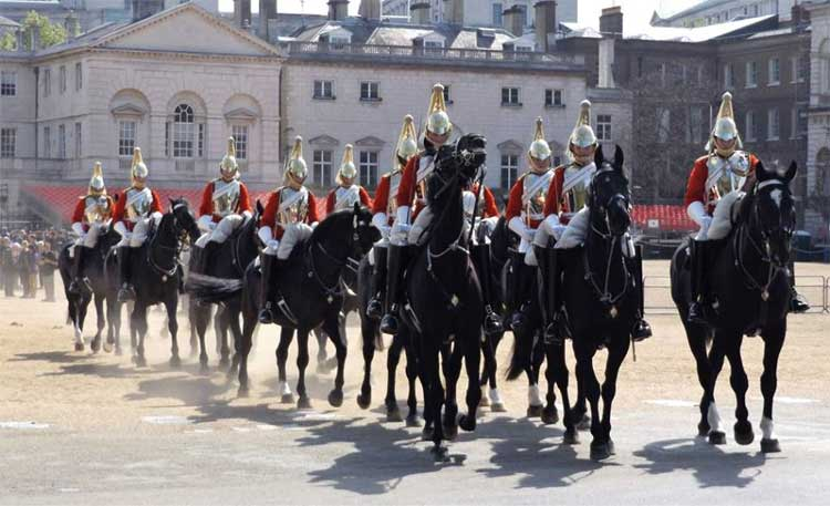 Visiting Changing the Guard With Children