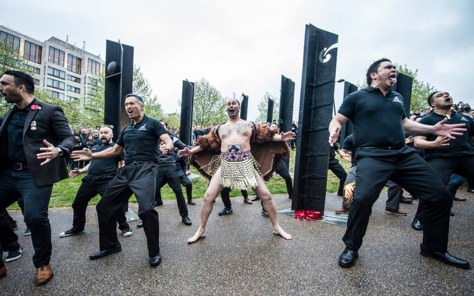 A commemorative waiata (Maori song with actions), E Pari Ra was performed in front of the New Zealand Memorial.