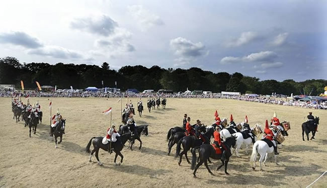 Entertaing the crowd with dispalys of horsemanship in the arena