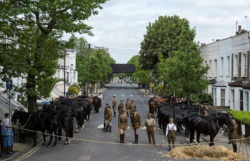 Men and horses from the Household Cavalry in Lyndhurst Road today