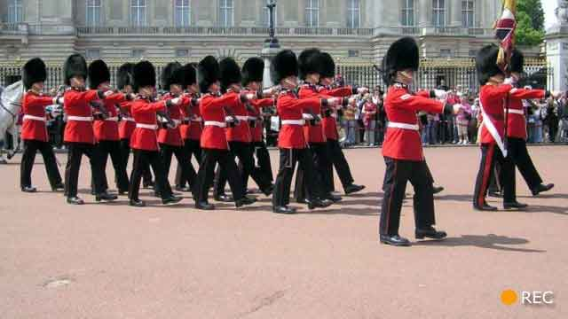 Video capture of Changing the Guard